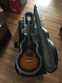 Epiphone LP Special II, Les Paul Guitar with hard shell case Calgary, T3E 3G5