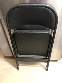 Folding chairs Lowell, 01850