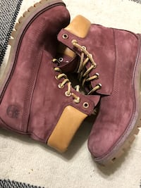 Red timberlands in very good condition Calgary, T3J 2A2