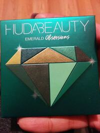 Hudabeauty Emerald Obsessions Eyeshadow palette  Edmonton, T5W 0P3
