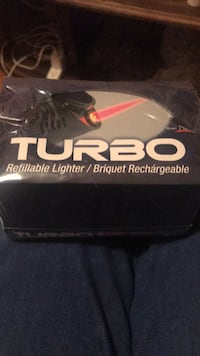 BNIB 30 refillable torch lighters