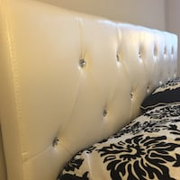 New White Crystal Tufted Queen Bed  Silver Spring