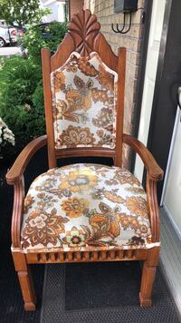 Antique chair Laval, H7G 4W8