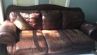 leather couch Baton Rouge, 70808