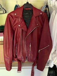red leather zip-up jacket San Diego, 92119