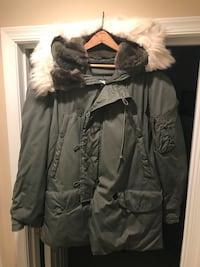 Air Force Arctic Parka, 2 available size medium and large. $90 each. New condition Woodbridge, 22192