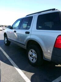 2005 Ford Explorer Columbia