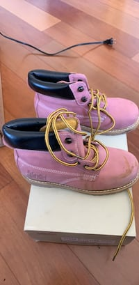 Pink safety shoes (steel toe) Hanover, 21076