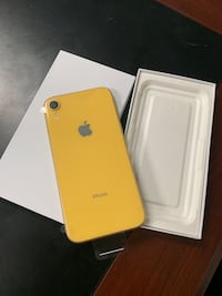iPhone XR 64GB factory unlocked  works on all carriers Terrytown, 70056