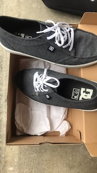 DC mens shoes size 10 new Carlsbad, 92009