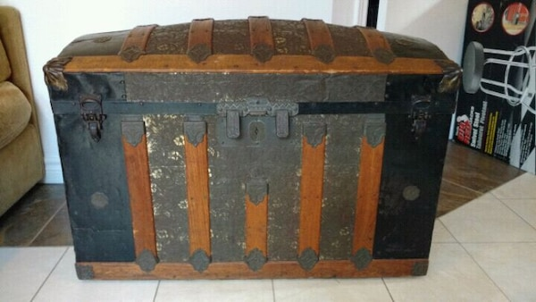 Used Antique Camelback Trunk For Sale In Laval Letgo