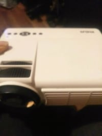 Brand new Projector  Muskegon, 49442