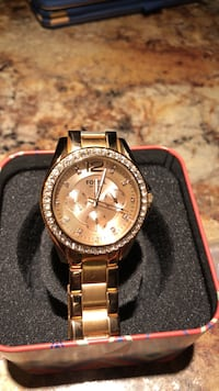 Authentic Fossil rose gold watch Greenville, 27834