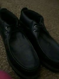 pair of black leather shoes Los Banos, 93635