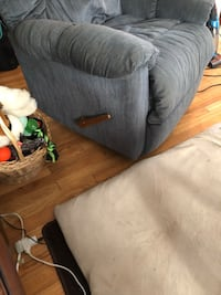 Blue rocker recliner  Edenwold No. 158, S4L