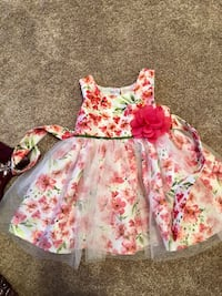 Kids dress 3T in excellent condition. Frederick, 21702