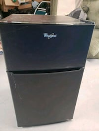 Vary New  Whirlpool mini fridge  Bladensburg, 20710