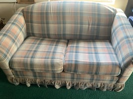Love Seat / Sleeper
