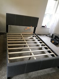 Brand new queen size platform bed frame  39 km