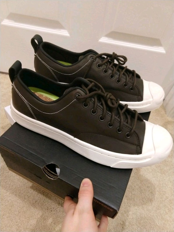 Converse, men's 8.5, new in box, never worn.
