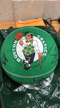Boston Celtics 2010 through 2011 authentic signed basketball( with letter) East Hartford, 06108