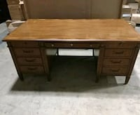 Old fashion executive desk Alexandria, 22304