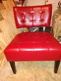 Leather Tufted accent chair (BNIB) Concord, 28025