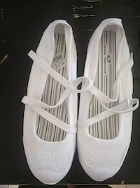 pair of white leather slip-on shoes Henderson