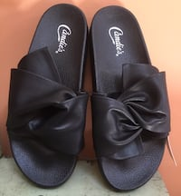 Candie's Black Bowed Slip-On Sandals - Size M (7-8) NEW W/ TAGS