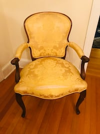 Hand carved wood arm chair Annapolis, 21402