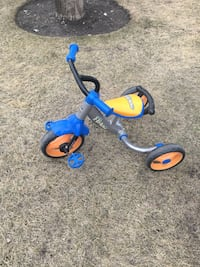 toddlers' blue and orange trike Calgary, T3A 3W2