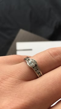 White gold diamond engagement ring Toronto, M8Y 3H8