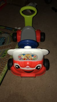 Fisher-Price Laugh & Learn 3-in-1 Interactive Smart car.