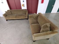 Need A Couch?? We Can Deliver!! Hyattsville
