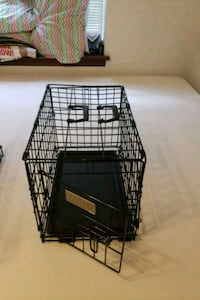 Collapsible small puppy crate Arlington, 22209