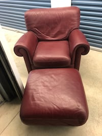 Italian leather chair with Ottoman Waterloo, N2L 6E7
