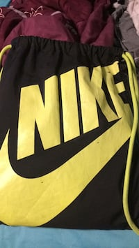 black and yellow Nike backpack Moses Lake, 98837