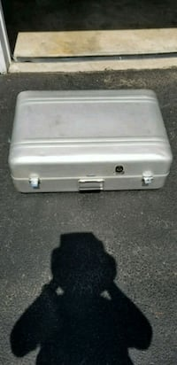 white and gray plastic case Ijamsville, 21754