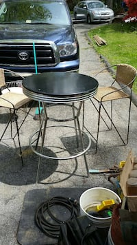stainless steel and black round table set Monrovia, 21770