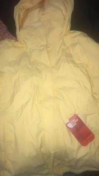 Brand new north face jacket Hartford, 06105