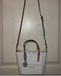 White Guess Bag