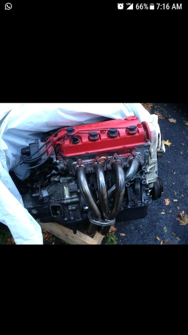 Honda engine D16Z6
