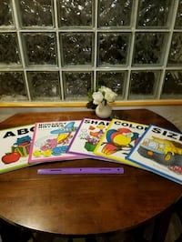 Children's book set Vermontville, 49096