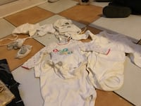 baby's white and pink onesie Laval, H7N 1P4