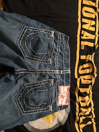 True religion blue jeans with matching numbers only want twenty because they do not fit any more I am optional to trades  Bakersfield, 93314