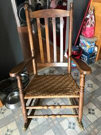 Brown wooden rocking chair Sainte-Thérèse, J7E