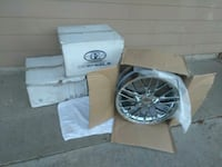 two chrome multi-spoke car wheels with boxes Vancouver, 98660