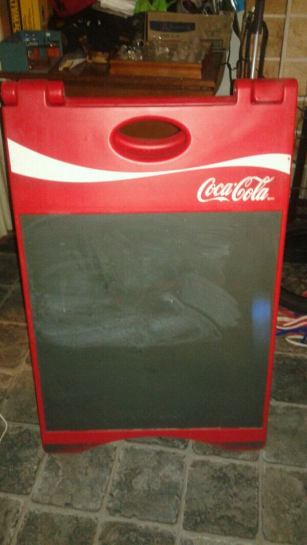 Coca-Cola Display/Advertising Board cad01b1d-9f2e-4111-99b6-4df54f123e0c