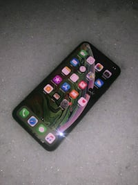Apple iPhone XS Max - 256GB - Space Gray (Unlocked North Bethesda, 20852