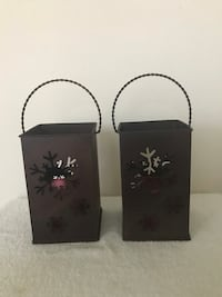 Brand New Pair of Metal Snowflake Shopping Bag Looking Candle Holders- 7 1/4 inches tall  Teaneck, 07666